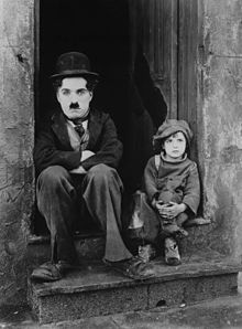 150328_CHAPLIN_IllustrationCinema