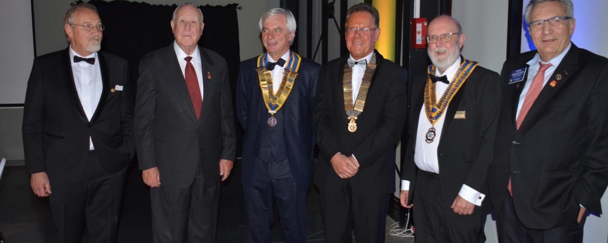 Les 4 présidents, Cologne, Liège, Folkestone et Lille encadrant John Germ past président du Rotary International et Serge Gouteyron past vice président du RI